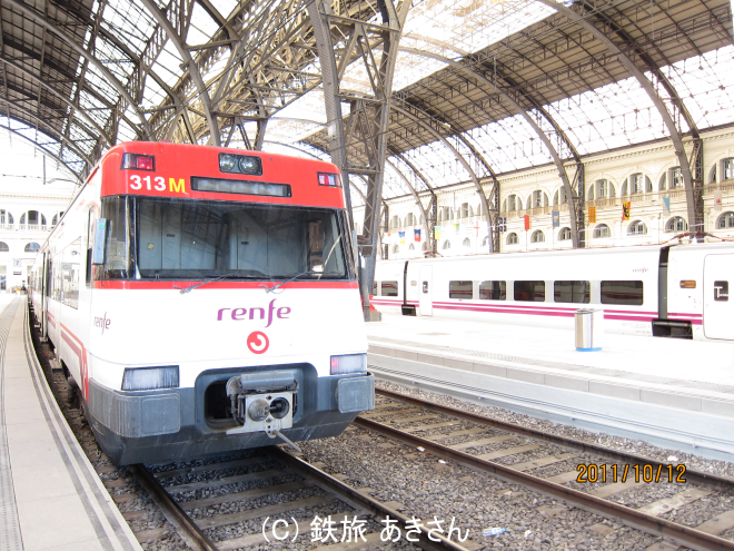 2等車両(Rychliky854型)